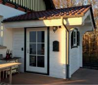 Premium Gartenhaus Windfang