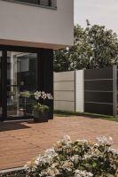 Elevato Sichtschutzsystem moderner Gartenzaun aus HPL pflegefrei Board