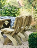 Stuhl Tirol gefertigt aus imprägniertem Kiefernholz H 93 x B 50 cm