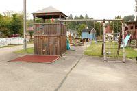 Spielanlage WINNETOO Giga Turm BIG Holzdach mit Schaukel & Rutsche - Ausstellungsstück