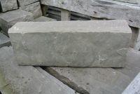 Sandstein Pallisade spaltrau dunkelgrau Naturstein Dekostein 8x12x35 cm